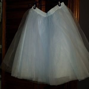 Dresses & Skirts - Pale blue tulle party skirt xxl